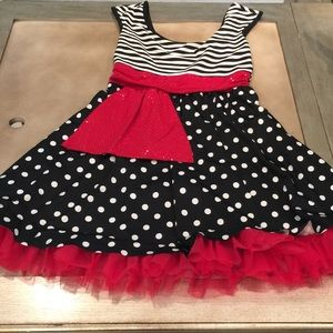 Minnie Mouse dress outfit black red white